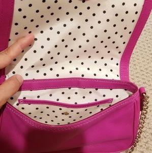 kate spade Bags - Kate Spade. Fuchsia chain cross bag